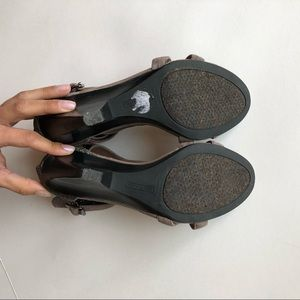 c73eab5c67138 Vince Camuto Shoes - Vince Camuto sandals.
